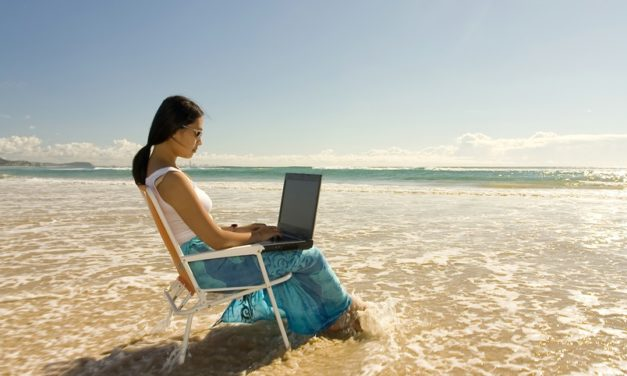 7 Cool Business Ideas for Those Who Love to Travel